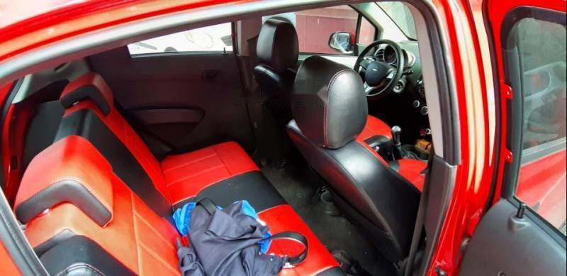 Bán Chevrolet Spark Van 1.2MT năm 2016, màu đỏ, đăng ký tháng 9/2016, đang nguyên bản