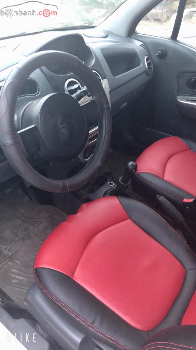 Bán xe Chevrolet Spark đời 2011, màu trắng, nhập khẩu