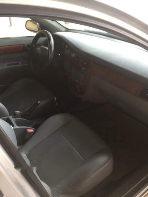 Cần bán xe Chevrolet Lacetti năm 2012, màu bạc, xe đẹp