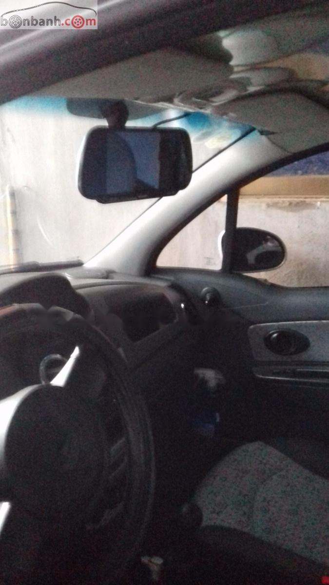 Bán xe Chevrolet Spark LT Sx 2011, số sàn, máy xăng, màu bạc, odo 54000 km