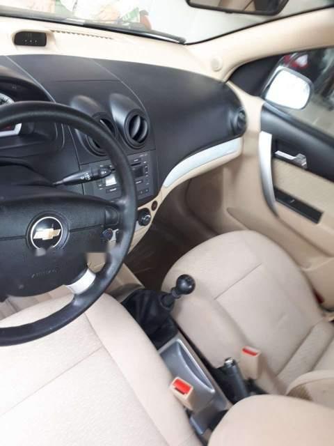 Bán xe Chevrolet Aveo sản xuất năm 2014, màu trắng