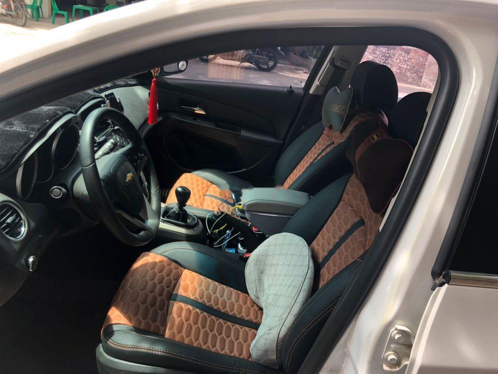 Cần bán lại xe Chevrolet Cruze đời 2017, màu trắng, xe nhập chính chủ