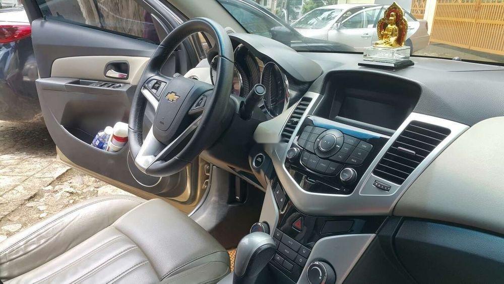 Bán Chevrolet Cruze sản xuất năm 2015, màu vàng, nhập khẩu nguyên chiếc ít sử dụng, giá chỉ 435 triệu
