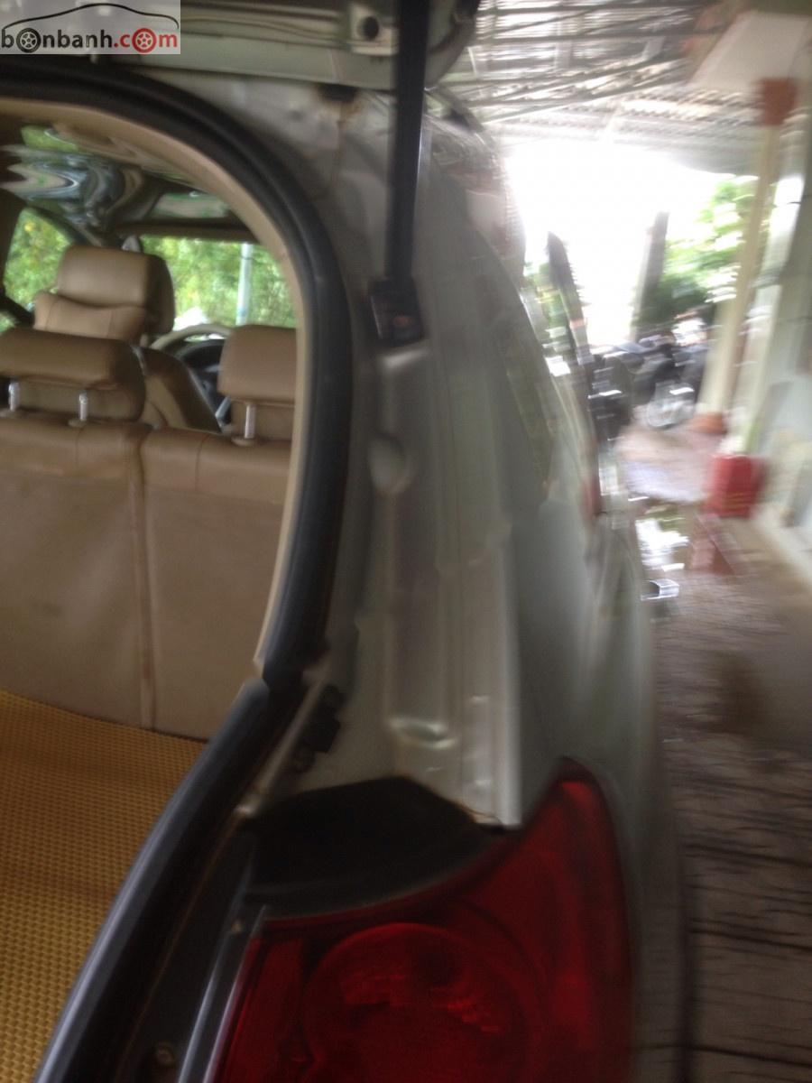 Xe Chevrolet Captiva LT 2.4 MT sản xuất năm 2008, màu bạc