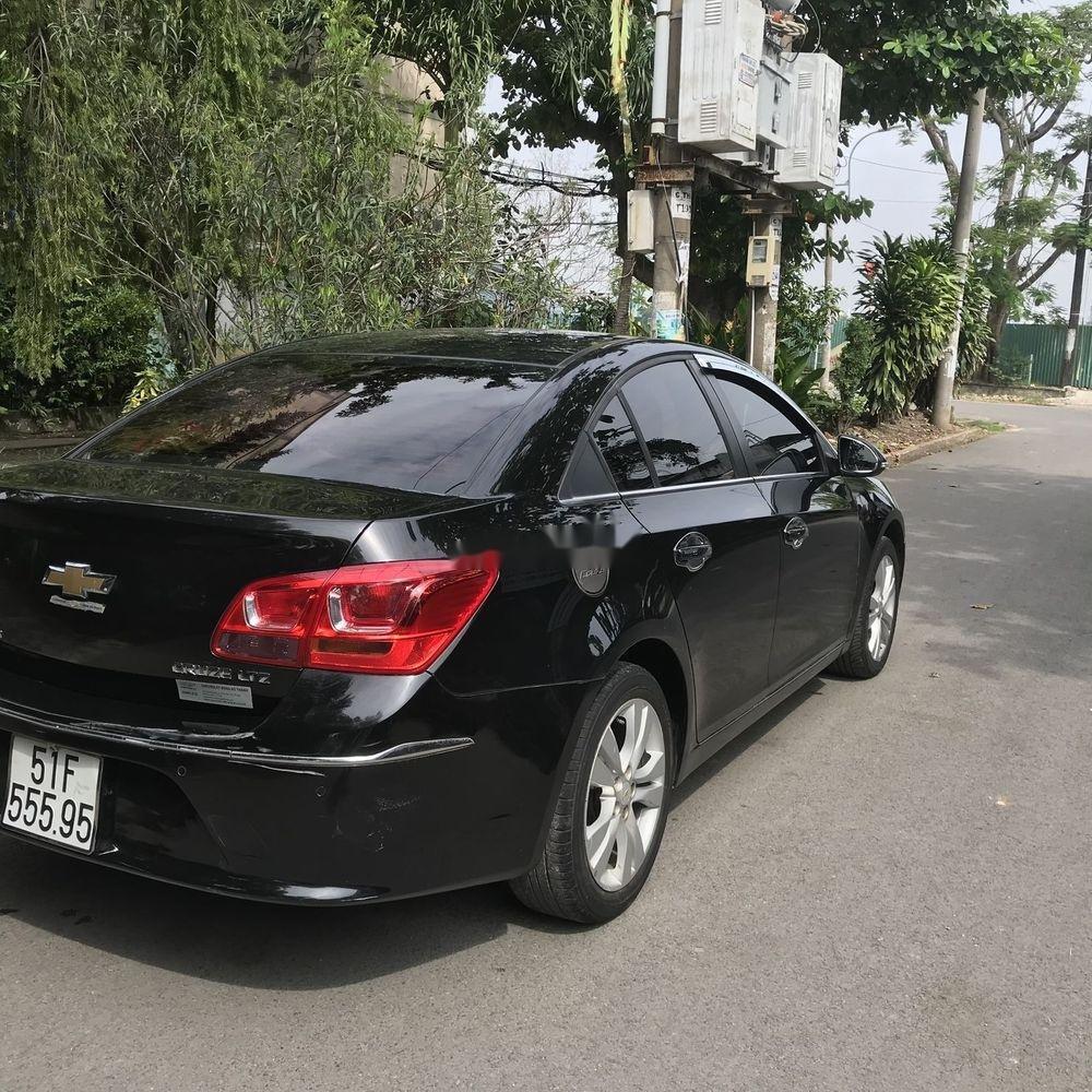 Bán ô tô Chevrolet Cruze đời 2015, màu đen