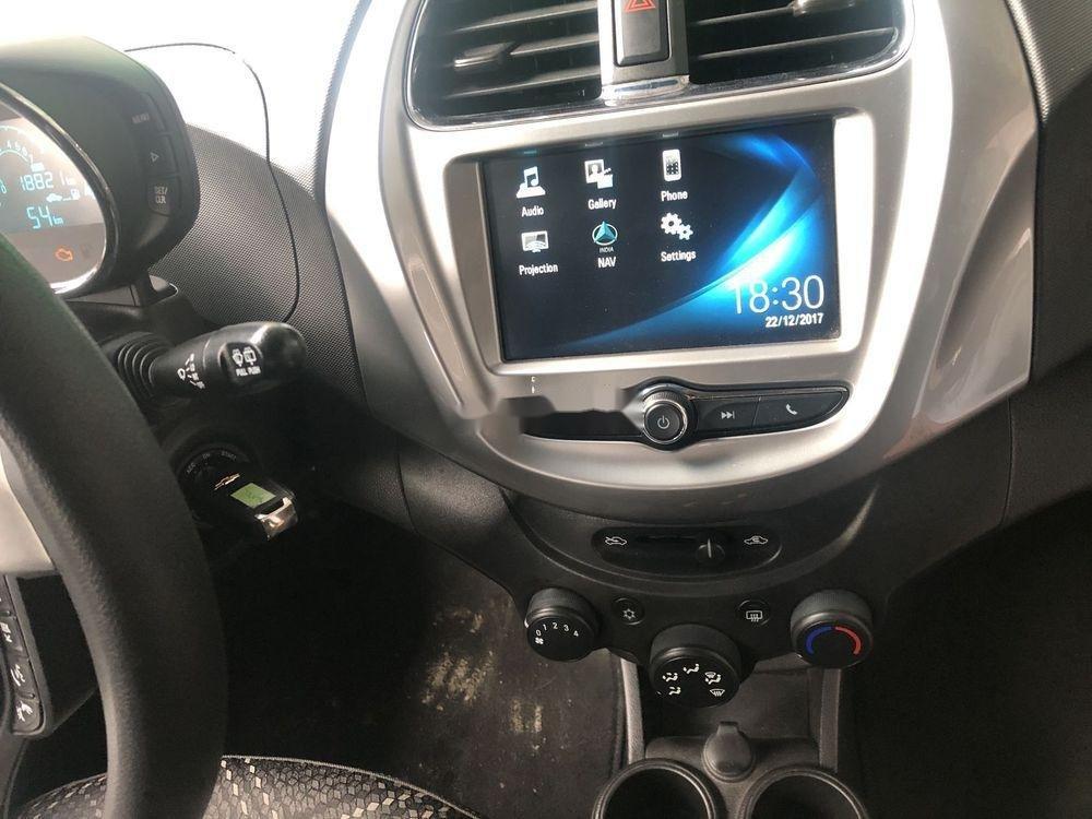 Bán ô tô Chevrolet Spark đời 2018 xe nguyên bản