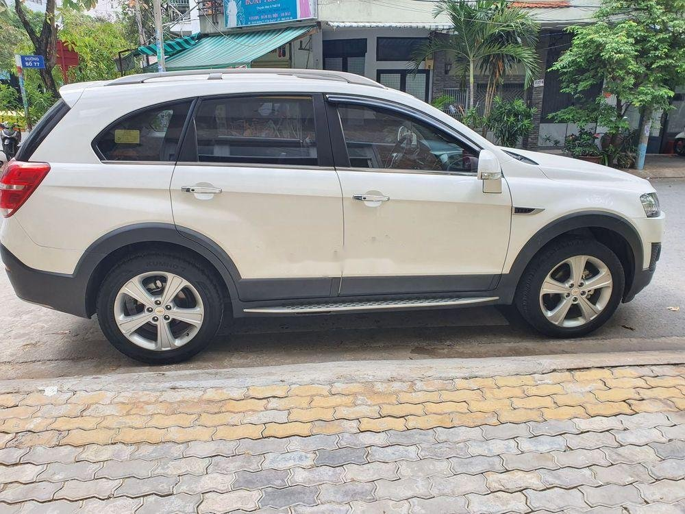 Cần bán Chevrolet Captiva 2016, màu trắng, chính chủ