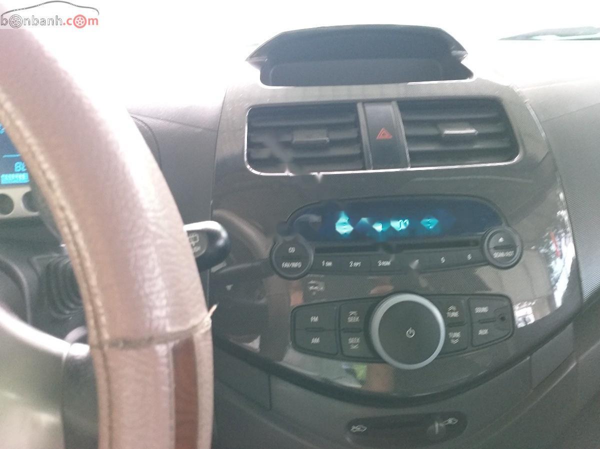 Cần bán lại xe Chevrolet Spark đời 2013, màu trắng chính chủ