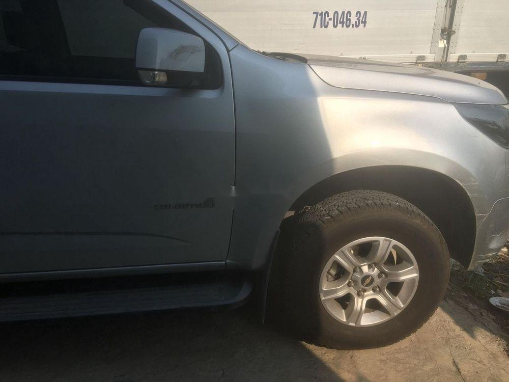 Cần bán Chevrolet Colorado MT 2018, màu bạc, nhập khẩu nguyên chiếc