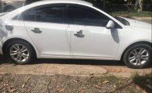 Cần bán lại xe Chevrolet Cruze MT sản xuất 2015, màu trắng, đã sử dụng không lỗi giá 350 triệu tại Bình Dương