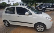 Bán Chevrolet Spark đời 2014, màu trắng, máy móc êm, gầm bệ khỏi chê giá 135 triệu tại Kon Tum