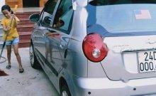 Cần bán gấp Chevrolet Spark năm sản xuất 2011, màu bạc giá 100 triệu tại Tuyên Quang