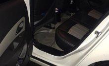 Cần bán gấp Chevrolet Cruze LT 1.6 MT năm sản xuất 2015, màu trắng giá 349 triệu tại Lâm Đồng