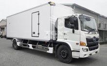 Xe tải Hino FG thùng bảo ôn dài 7m9 góp ngân hàng 80%, xe giao ngay giá 1 tỷ 280 tr tại Bình Dương